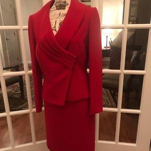 TAHARI Skirt Suit 🌲